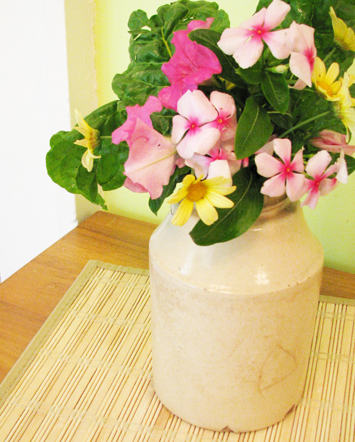 Kitchen flowers2