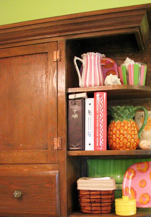 Kitchen shelves2