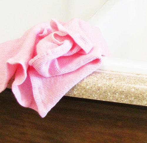 Pink_towel_2_3